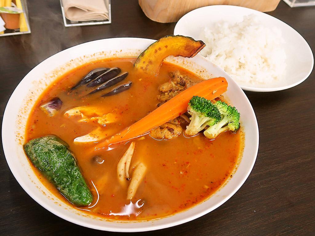 スープカレー MOON36「チキンやさいカレー」