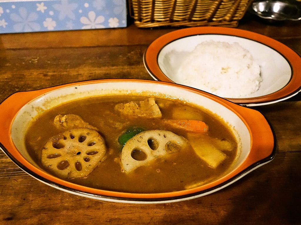 カレー魂 デストロイヤー「豚角煮 カレー」