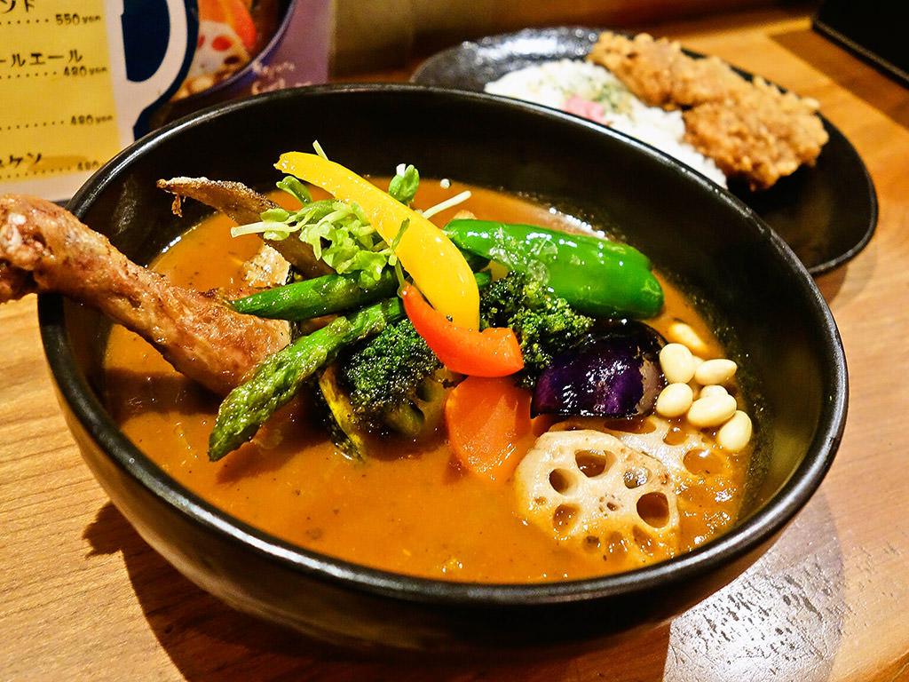 Soup Curry SAMURAI. (路地裏カリィ侍.) さくら店「チキンと野菜」