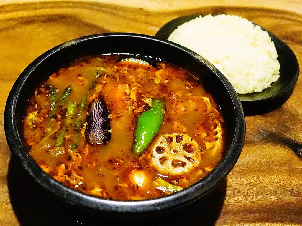 Asian Bar RAMAI(ラマイ) 札幌中央店「スープカレー チキン」