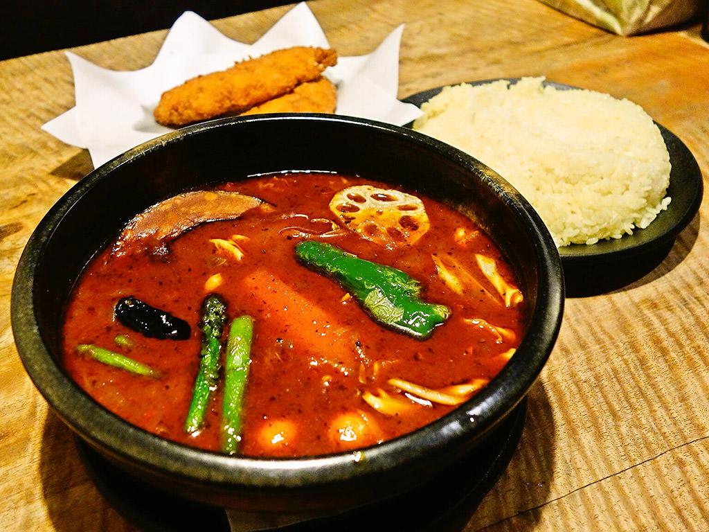 Asian Bar RAMAI(ラマイ) 札幌中央店「スープカレー フィッシュフライ」
