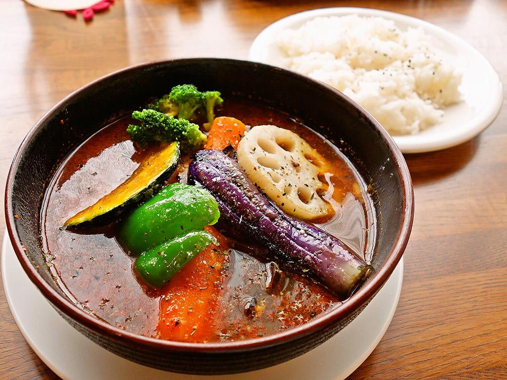 札幌スープカレー 蝦夷夢 (エゾン)「チキンレッグスープカレー」
