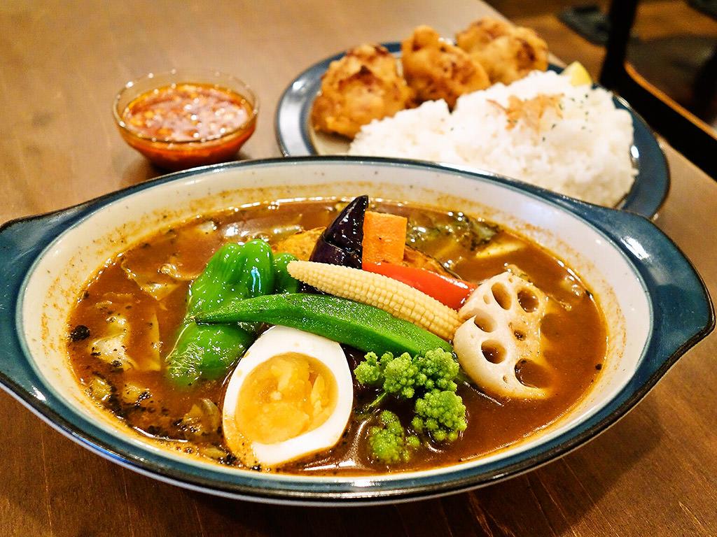 BAR CAFE SOUPCURRY ZORA「四川風からあげスープカレー」