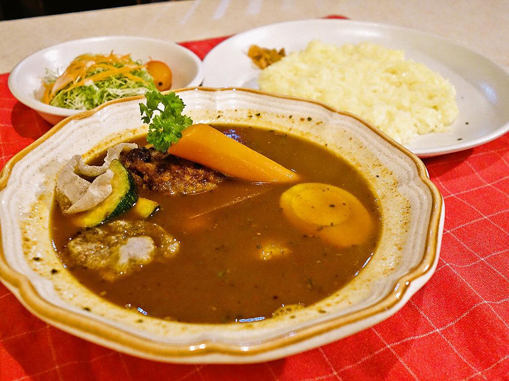 カレーハウス GARI「ハンバーグスープカリー」