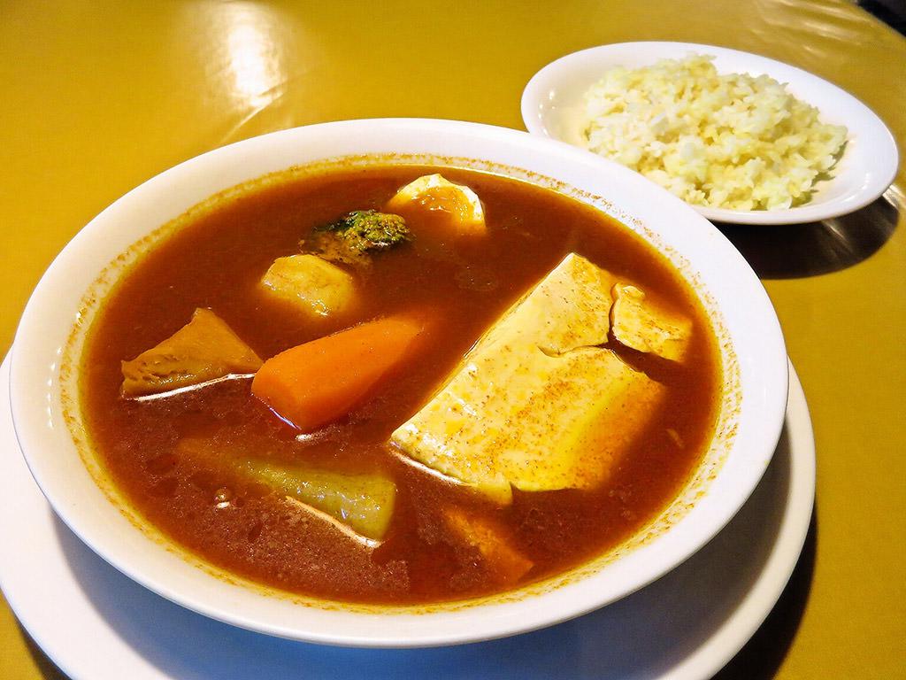 こうひいはうす「寄せ豆腐カレー」