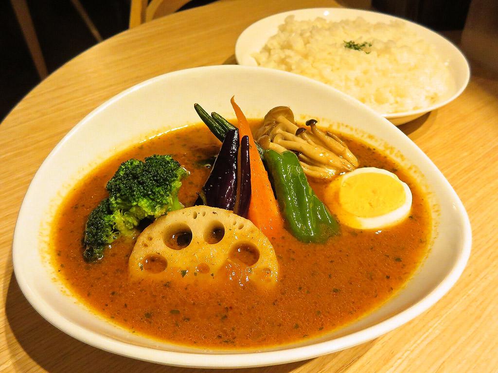 くまちゃん (ローストビーフ丼&スープカレー)「野菜カリー」