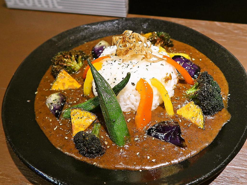 黒岩咖哩飯店「野菜カレー」