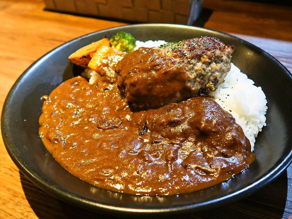 E-itou Curry エイトカリー「手仕込みハンバーグカレー」