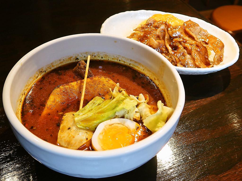 スープカリー専門店 元祖 札幌ドミニカ (すすきの総本店)「トントロ」
