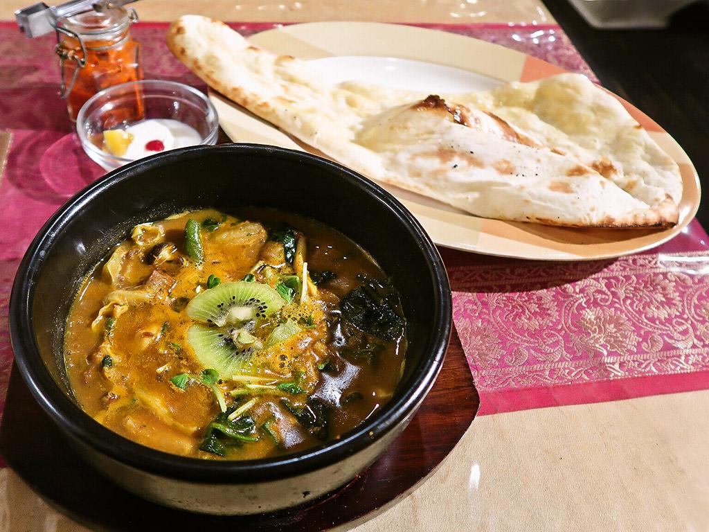 本格インドカレーの館 SPICE(スパイス)「蝦夷ジカ肉のスープカレー」