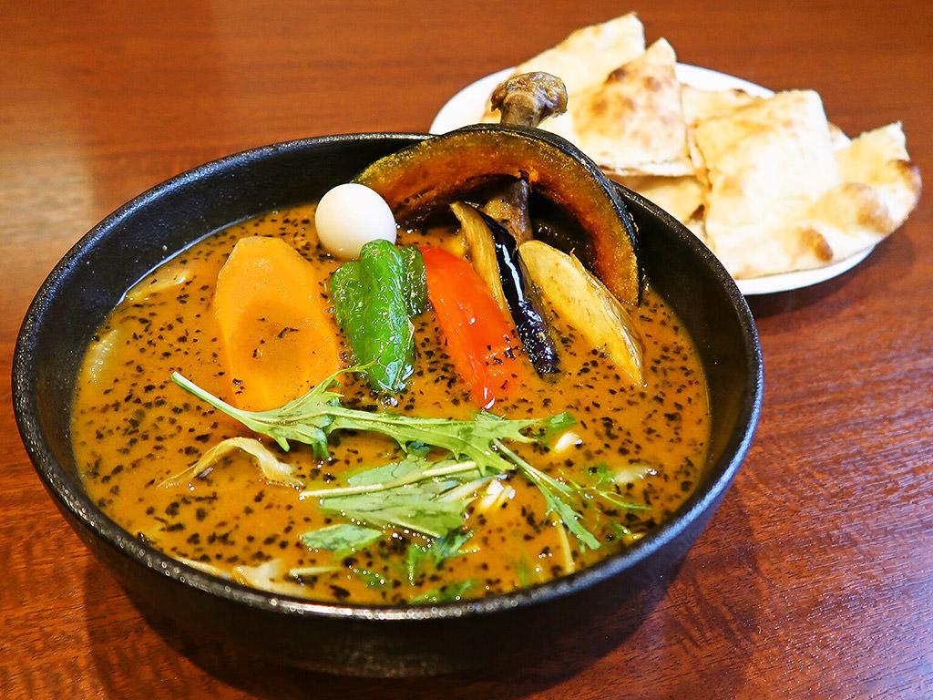 ネパールのカレー屋さん 北18条店 (2F:ナンと!スープのカレー屋さん)「やわらかチキンレッグと野菜」