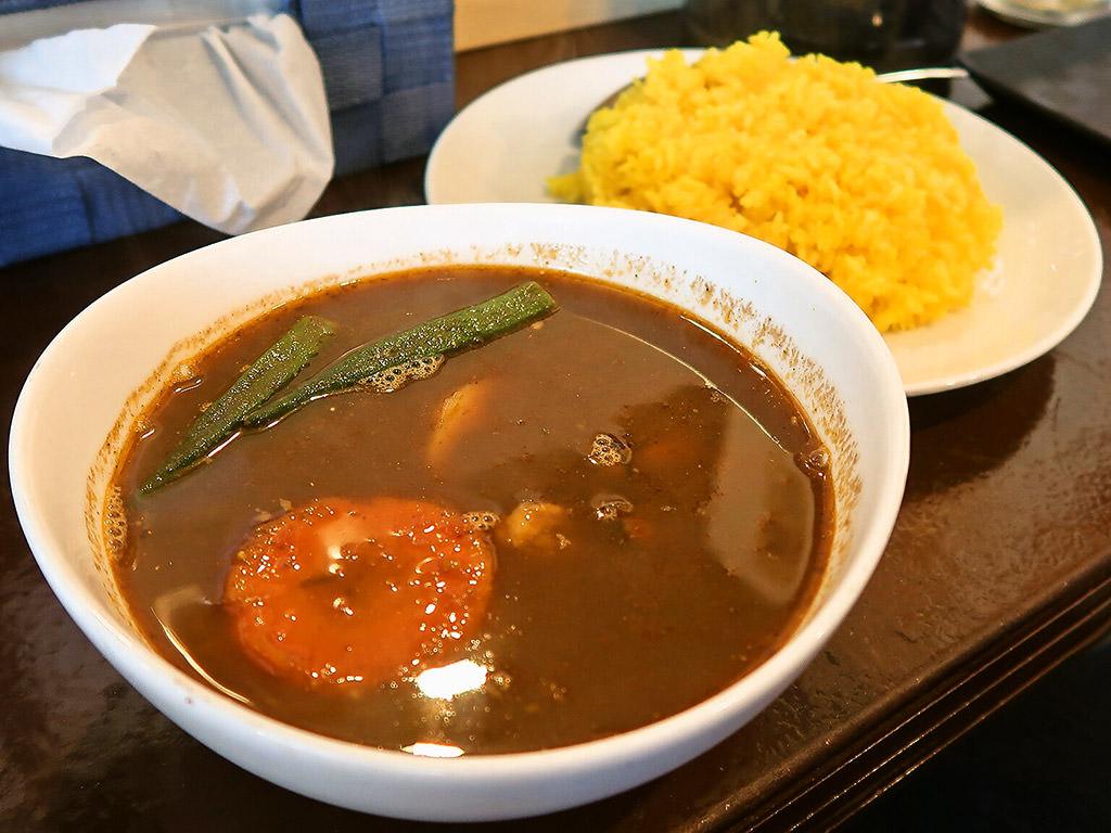 カレー屋テラコッタ「牡蠣スープカレー」