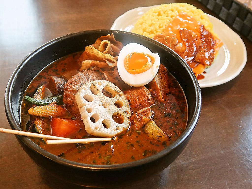 スープカリー専門店 元祖 札幌ドミニカ 円山店「ぶぅBカリー」