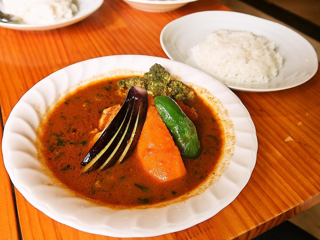 スープカレー カムイ「ポーク野菜カレー」