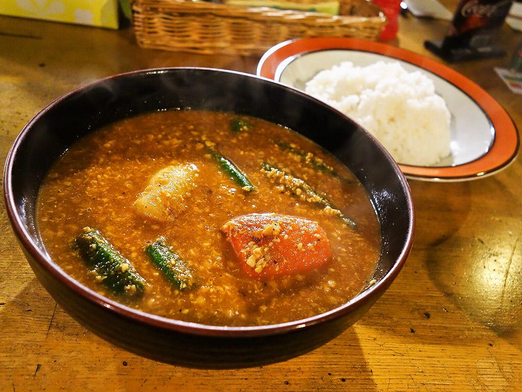 村上カレー店 プルプル「ナット・挽肉ベジタブル」